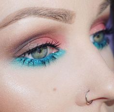 Colorful makeup look with Urban Decay Vice 4 by @kristenxleanne on instagram