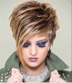 Kurze Frisuren 2019 - Aktifmoda - BesteHaare Short hairstyles 2019 - Aktifmoda - best hair hair cuts for women Pixie Hairstyles, Short Hairstyles For Women, Short Hair Cuts For Women Over 50, Saree Hairstyles, Simple Hairstyles, Baddie Hairstyles, Retro Hairstyles, Medium Hairstyles, Everyday Hairstyles