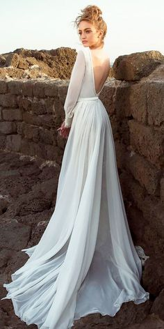 Long Sleeve Wedding Dresses Backless Chiffon Cheap Summer Beach Wedding Drsses AWD1112