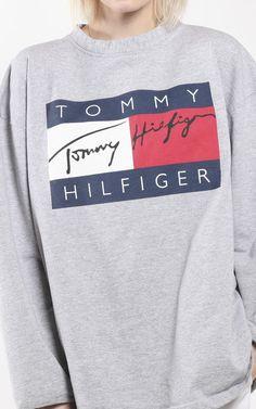 Vintage Tommy Hilfiger Logo Sweatshirt