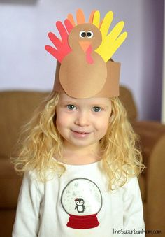 Turkey Crown Kids Craft! Quick and easy crafts are a great way to keep the kids happy and entertained while you're getting ready for Thanksgiving dinner.