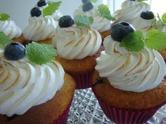Himmelske kager: Muffins med blåbær, citron og marengs