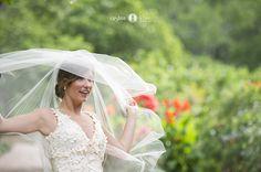 Southern weddings  |  Veils |  Coral bridesmaids dresses  |  Pink bouquets  |  Coral bouquets  |  Aislinn Kate Photography  (Pensacola Destin Wedding Photographer)