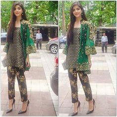 Pakistani Dress  Green/Black Short Coat with por KaamdaniCouture