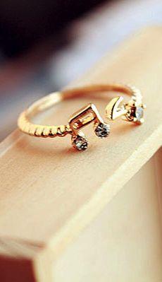 Music note ring... I love music.