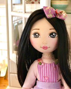 Homemade Cloth Dolls, Doll Face Paint, Sewing Dolls, Flower Fairies, Cute Diys, Pretty Dolls, Fairy Dolls, Doll Crafts, Softies