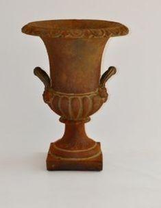 Pots & Urns Archives - Page 4 of 27 - Botanica
