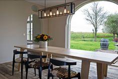 Sheet of glass Decor, House, Interior, Building A House, House Inspiration, New Homes, Home Decor, Cosy Dining Room, Interior Design