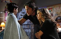 Still of Jennifer Love Hewitt and David Conrad in Ghost Whisperer - Stimmen aus dem Jenseits (2005)