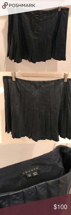 Theory Pleated Navy Leather Skirt Brand New Never Worn with Tag, Navy Leather Pleated Theory Skirts Mini