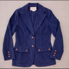 """VINTAGE 1970s Navy Blue Blazer  Super funky blazer. Unlined, single breasted. Has cool woven-style buttons - 3 along the front, 2 on each pocket, and 3 at each wrist. Blazer comes in at the waist, has back vent. By Bronson of California. Size is 5-6, but would best fit a modern size 4 or 6.  Measurements (taken flat, then doubled):  Bust: 32"""" Waist: 30"""" Sleeve length, underside: 16"""" Total length: 26""""  Pre-loved, in great condition! Buttons have some chipping/wear. Small stain by wrist…"""