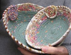 Nice flowered fabric border, inside coil, Coiled Clothesline Baskets set of two by lickcreekcollections, Rope Basket, Basket Weaving, Fabric Crafts, Sewing Crafts, Sewing Projects, Fabric Bowls, Clothes Basket, Rope Crafts, Sewing Baskets