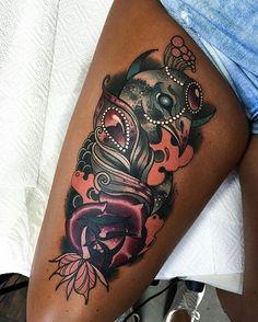tatuajes para mujeres morenas en las piernas