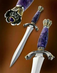This is a beautiful dagger.
