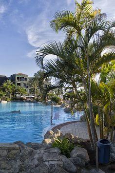 Lopesan Villa del Conde Lake Pool