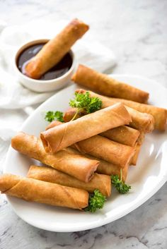You've never really had a spring roll until you've tried a homemade one. With the quick video tutorial, you'll be a Spring Roll recipe master in no time! Fried Spring Rolls, Chicken Spring Rolls, Pork Spring Rolls, Thai Spring Rolls, Easy Spring Rolls, Shrimp Spring Rolls, Indian Food Recipes, Asian Recipes, Ethnic Recipes