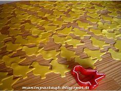 """Quando decidiamo di far """"pasticciare"""" in cucina i nostri figli, in genereprepariamo i biscotti per far loro utilizzare gli stampini taglia..."""