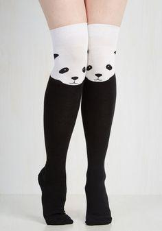 Estos calcetines a la rodilla increíblemente lindos.
