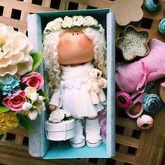 "278 Me gusta, 10 comentarios - @tatiana_nedavnia en Instagram: ""Ангел сшит на заказ✂️ростик 24-26 см#tatiananedavnia #tilda #wedding #pink #pillow #МК #decor…"""