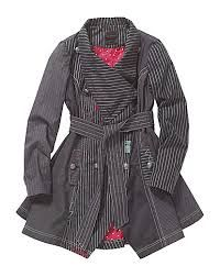 Black remarkable coat - still haven't found the perfect spring coat this year. Summer Coats, Teaching Outfits, Plus Size Coats, Fashion Outfits, Womens Fashion, Coats For Women, Plus Size Fashion, My Style, Jackets
