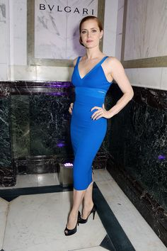 Amy Adams gorgeous in blue