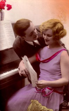 vintage couple photograph | pinned via Vickie Tunnell