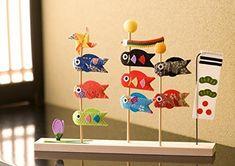 Amazon | リュウコドウ 五月人形 三本立ち 鯉のぼり 間口21cm x 奥行3cm x 高さ15.5cm | おもちゃ | おもちゃ