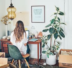 You won't mind getting work done with a home office like one of these. See these 20 inspiring photos for the best decorating and office design ideas for your home office, office furniture, home office ideas Home Design, Design Ideas, Studio Design, Design Design, Design Elements, Room Inspiration, Interior Inspiration, Interior Ideas, Workspace Inspiration