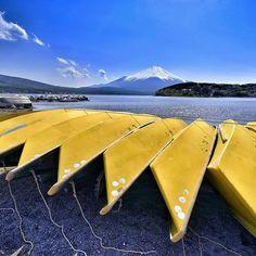 Lake_Yamanaka LocationYamanashi . Japan DateMay . 10 . 2014   真っ昼間に 朝焼けか夕焼けのイメージトレーニングshotでございます() 5月に撮った写真と数日の夕焼けでよく9月まで持ちこたえたな (>ω<) また雪を被った富士山を見るのが楽しみですね()   #rsa_nature  #team_jp_ by chigasaki_mino