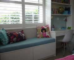 how to make a window seat cushion, super fast and easy..oh and cheap too!!