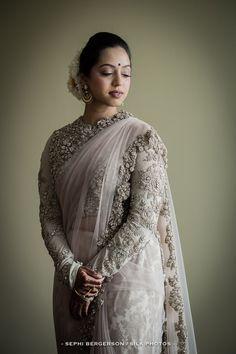 The bride looking ethereal in a Sabyasachi saree! #hinduwedding #realwedding #sabyasachi  #bride #bridallook #bridalattire #theweddingscript