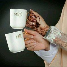 Romantic DPs for Girls/Boys Muslim Couple Quotes, Cute Muslim Couples, Muslim Love Quotes, Couples Quotes Love, Romantic Couples, Cute Couples, Romantic Images, Couples Images, Romantic Weddings