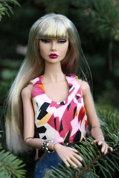 Welcome to fashion store for Tonner and Fashion Royalty dolls! Here you can find only the best design, high quality and large assortment. Dress Outfits, Fashion Dresses, Fashion Royalty Dolls, Handmade Dresses, Poppies, Cool Designs, Trending Outfits, Gowns, Store
