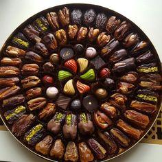 Kids Cooking Recipes, Raw Food Recipes, Sweet Recipes, Date Recipes Desserts, Ramadan Recipes, Food Qoutes, Ramadan Sweets, Morrocan Food, Vegetarian Recepies