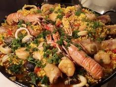 Paella, Other Recipes, Fish Recipes, How To Cook Fish, Fish Dishes, Bbq, Budget Meals, Outdoor Cooking, Seafood