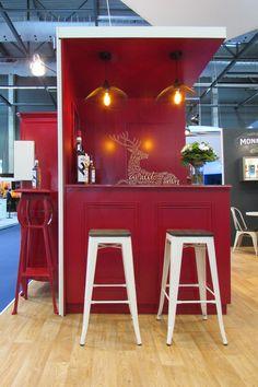 Stand de Cognac Hine sur Vinexpo 2017. Conception et réalisation Agence Unika Country Cottage Living