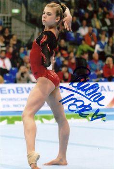 4x6 Pauline Tratz (Germany) autograph