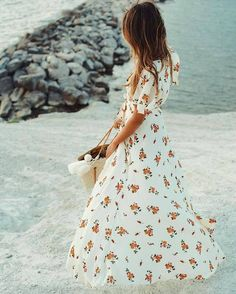 While Floral Print Frilled Maxi Dress Teamed With Basket Bag Beach Tumblr Style Summer 2017