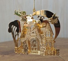 Danbury Mint Gold Christmas Ornament - SANTA'S JOURNEY - 1991 Excellent