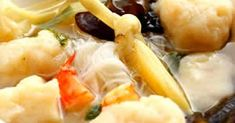 my mom's made me lots of this during my second pregnancy. her cooks always the best! Prawn Noodle Recipes, Easy Cooking, Cooking Recipes, Indonesian Cuisine, Indonesian Recipes, Asian Recipes, Healthy Recipes, Asian Foods, Malay Food