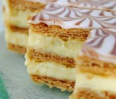 Recette 100% Tunisienne: Recette de Millefeuilles / I always let my husband buy these for me, my favourites