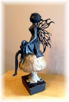 Garden Fairy - Paverpol figure made to sit on Paverpol mushroom. Cement base allows this statue to stand firmly in a garden year round. Unusual Art, Art For Art Sake, Wire Art, Fabric Art, Art Pictures, Online Art, Textile Art, Garden Art, New Art