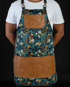 FancyGents custom made aprons are perfectly handcrafted using only high quality materials. Purpose is to provide a personal standout style with a flawless fit.