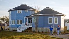 Deltech Green Homes  http://www.deltechomes.com/galleries/photo-gallery/interiors/