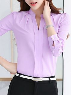 Middle East Solid Color Long Sleeve Notched Collar Shirts look not only special, but also they always show ladies' glamour perfectly and bring surprise. High Fashion Dresses, Fashion Outfits, Womens Fashion For Work, Girl Fashion, Simple Pakistani Dresses, Office Outfits Women, The Office Shirts, Western Dresses, Collar Shirts
