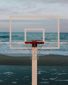 hoop dreams: john margaritis blends basketball with the beach Hoop Dreams: John Margaritis verschmilzt Basketball mit dem Strand Chino Hills Basketball, Sport Basketball, Basketball Tricks, Love And Basketball, Basketball Legends, Fantasy Basketball, Basketball Workouts, Basketball Shooting, Louisville Basketball