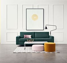 Vis os den sofa, som Como ikke passer til! Enkelhed og elegance og et hav af forskellige materialer og størrelser giver det perfekte sofabord.