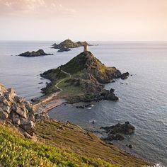 Bon dimanche :) #Corse #Ajaccio #ilessanguinaires #mer #mediterranee #nature #sauvage #beaute #paradis #airpur #serenite #repos #detente #bonheur #amour  #famille  #balade