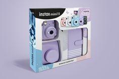İnstax Mini 11 Ambalaj Tasarımı / Fujifilm'in beş farklı renkteki instax mini 11 model fotoğraf makinesi için albüm ve çanta seti oluşturduk. Her renkteki modele uyum sağlayabilecek bir ambalaj tasarımı hazırlamamız gerekiyordu. Fujifilm Instax Mini