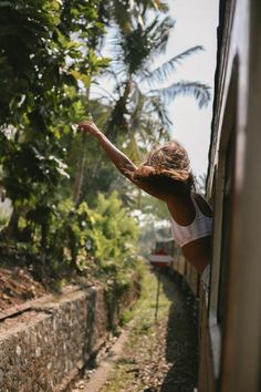 Wanderlust with Malia Murphey || Sri Lanka was calling, so we bought a ticket & jumped on board. Ride along with us as we discover this slice of paradise.